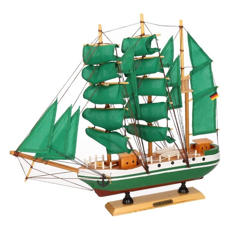 Alexander von Humboldt Tallship