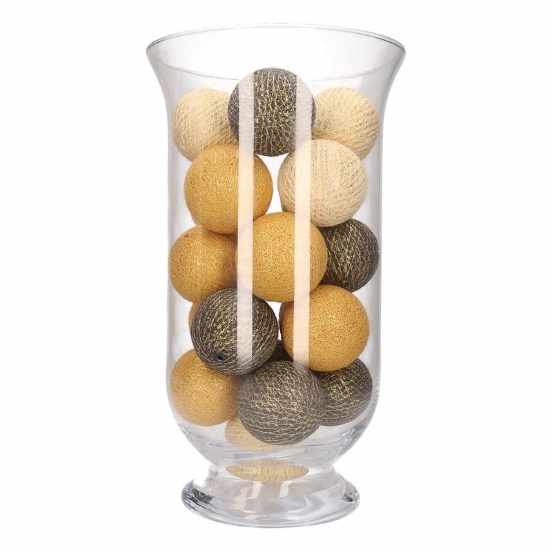 Vensterbank decoratie witte-gouden-antracieten lichtslinger in vaas