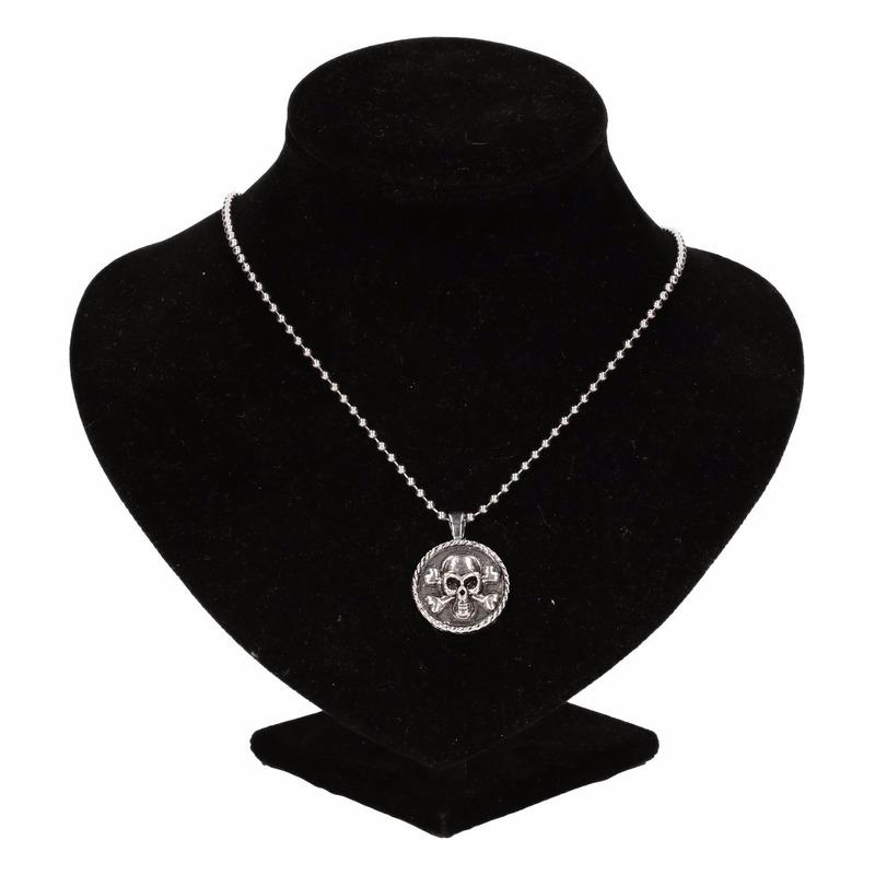 Deze zilveren ketting is gemaakt van metaal en bevat stretch draad waardoor de meeste volwassenen het kunnen ...