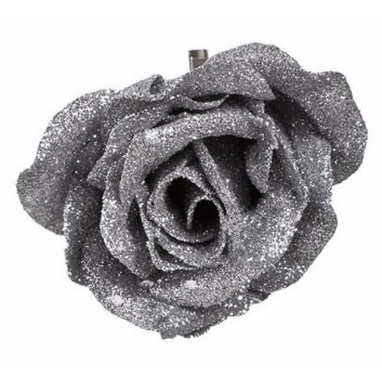 1x Kerstartikelen zilveren bloemen kerstboompiek 9 cm
