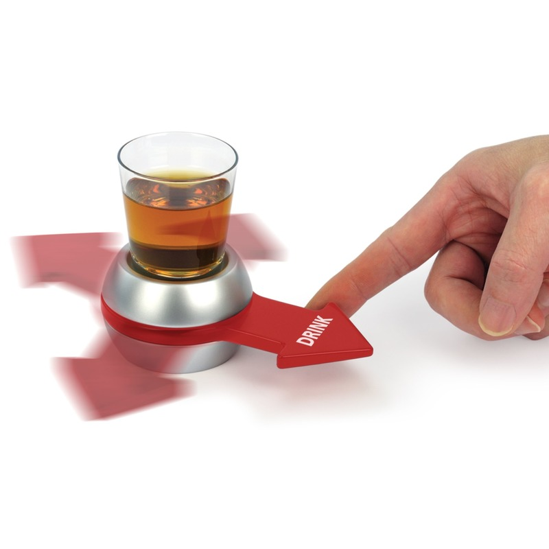Vrijgezellenfeest drankspel-drinkspel-drinkopdracht shotje draaien